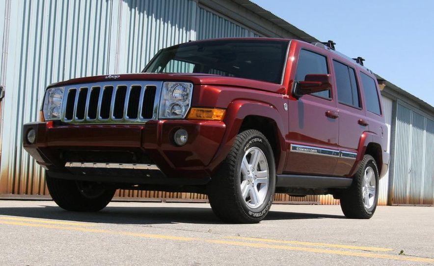 2009 Jeep Commander Limited - Slide 7