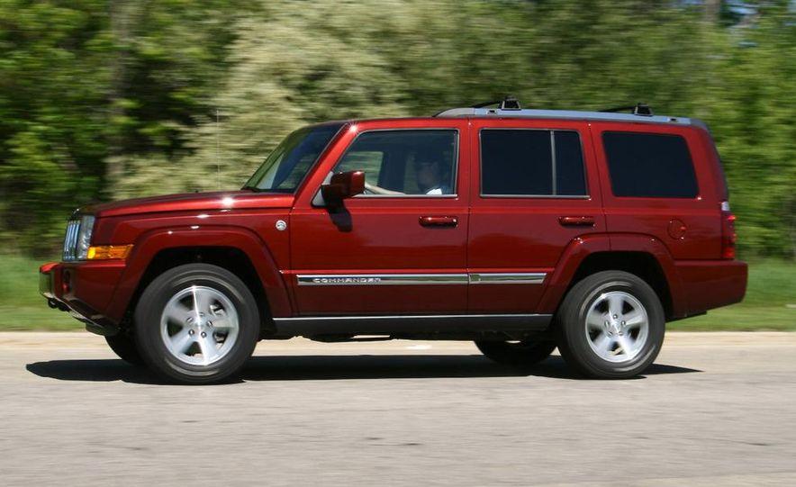 2009 Jeep Commander Limited - Slide 10