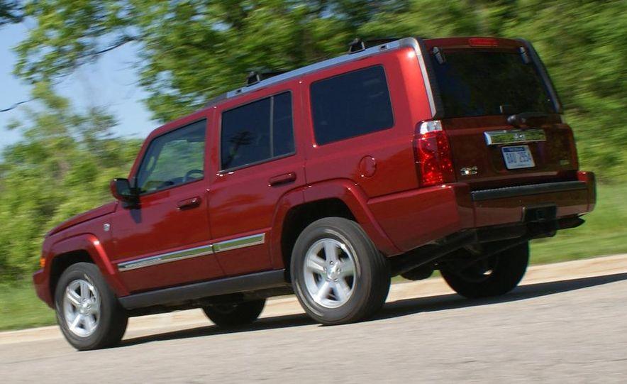 2009 Jeep Commander Limited - Slide 12