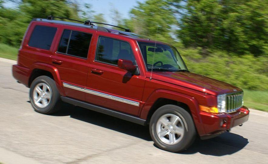 2009 Jeep Commander Limited - Slide 17