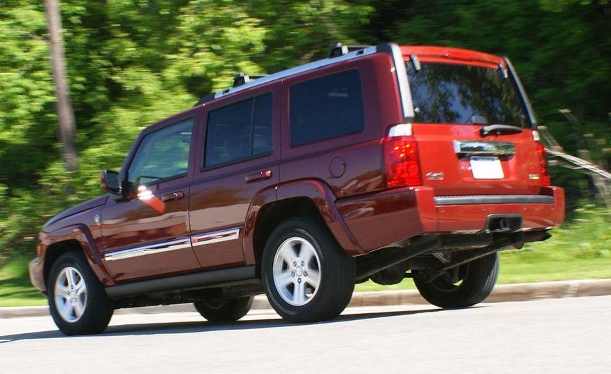 2009 Jeep Commander Limited - Slide 22