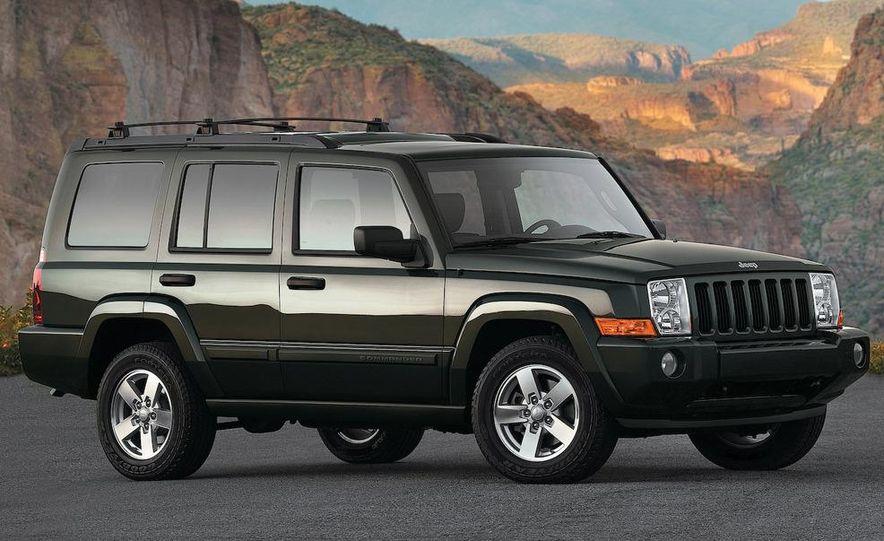 2009 Jeep Commander Limited - Slide 28