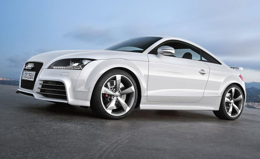 2010 Audi TT RS coupe - Slide 26