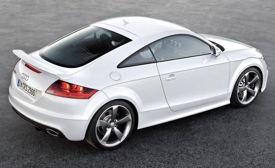 2010 Audi TT RS coupe - Slide 27