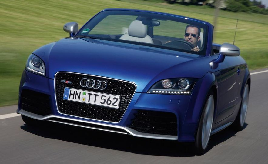 2010 Audi TT RS coupe - Slide 7