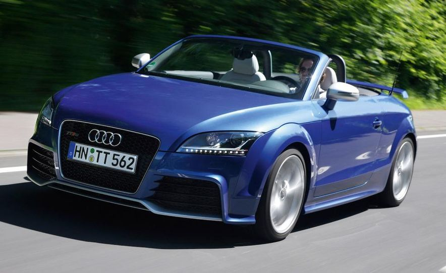 2010 Audi TT RS coupe - Slide 9
