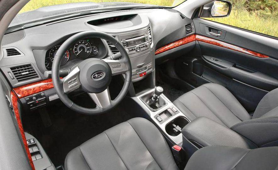 2010 Subaru Legacy 2.5GT - Slide 9