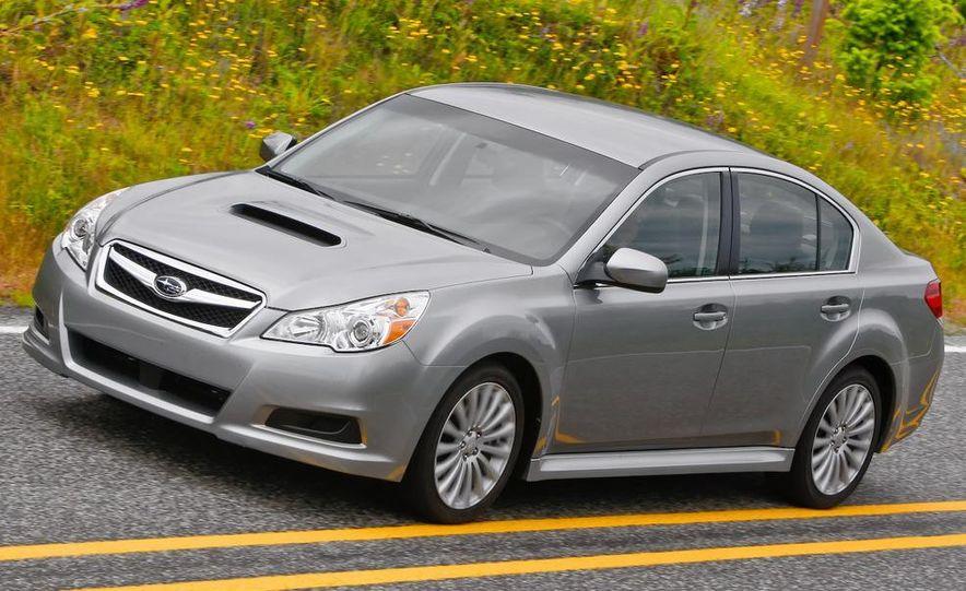 2010 Subaru Legacy 2.5GT - Slide 3