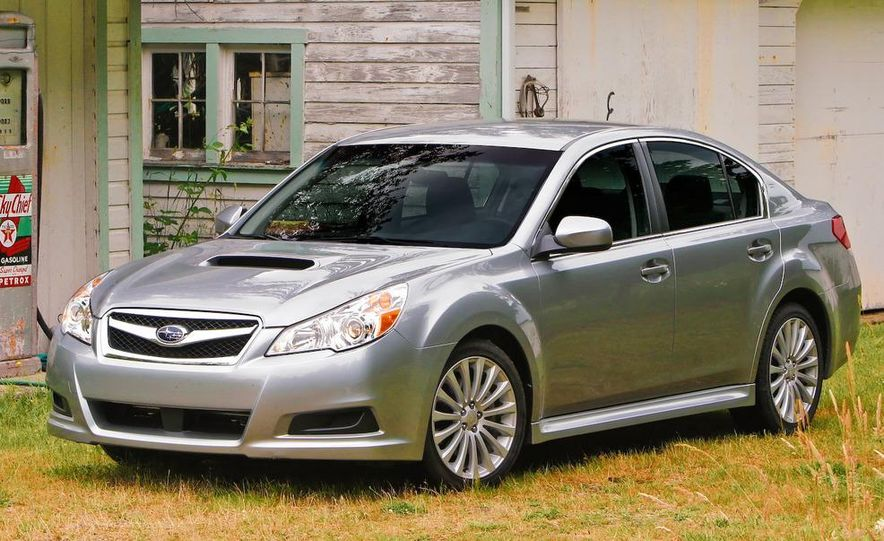 2010 Subaru Legacy 2.5GT - Slide 6