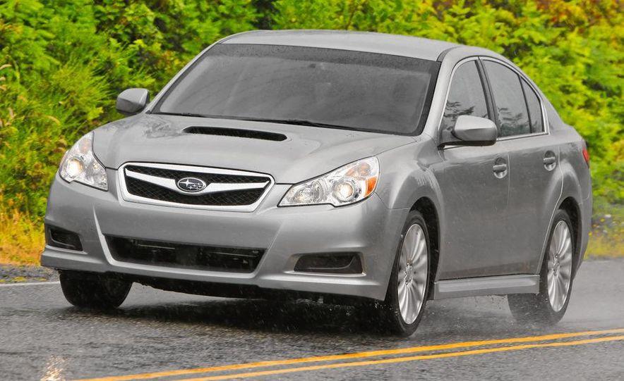 2010 Subaru Legacy 2.5GT - Slide 19
