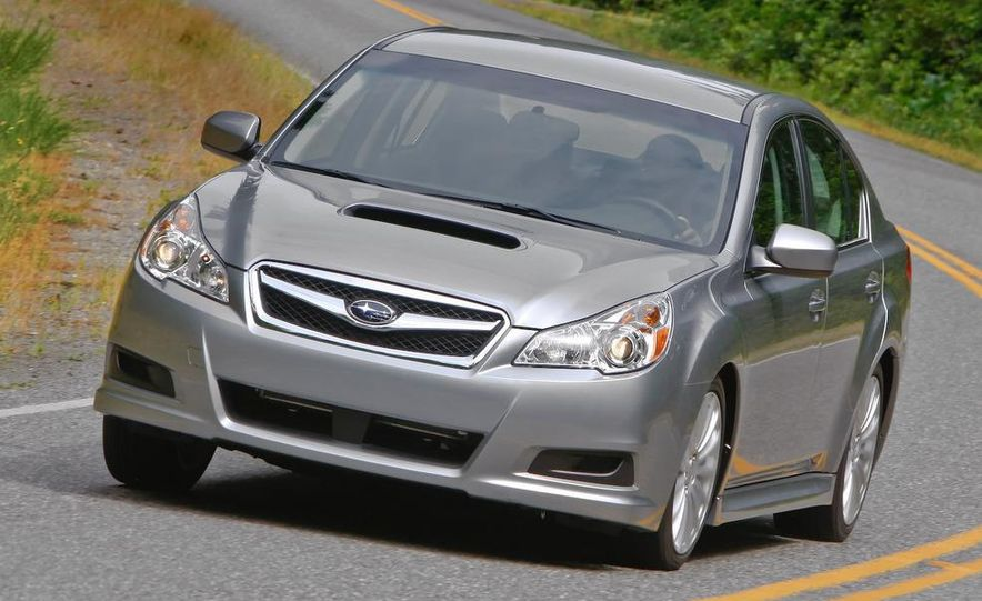 2010 Subaru Legacy 2.5GT - Slide 21