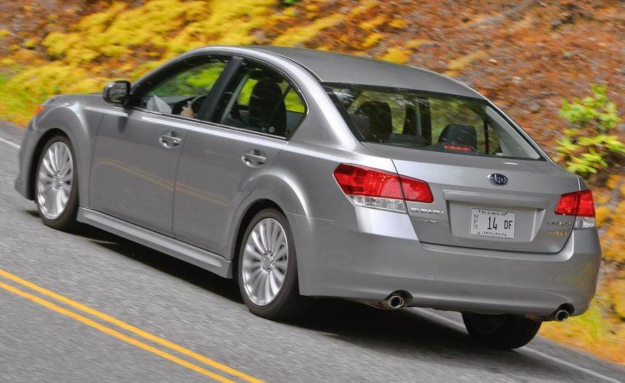 2010 Subaru Legacy 2.5GT - Slide 23