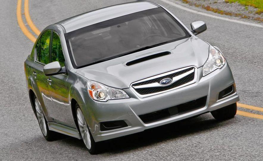 2010 Subaru Legacy 2.5GT - Slide 25