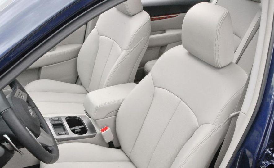 2010 Subaru Legacy 2.5GT - Slide 42