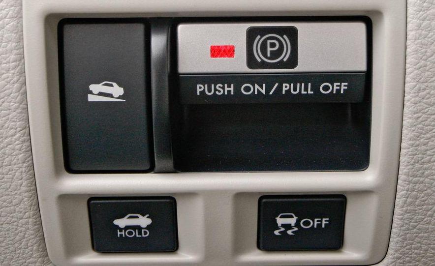 2010 Subaru Legacy 2.5GT - Slide 39