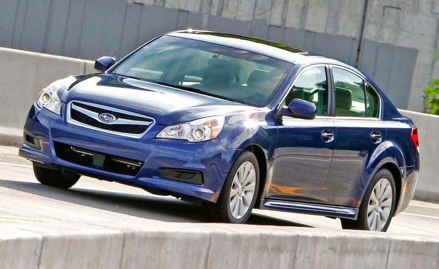 2010 Subaru Legacy 2.5GT - Slide 30