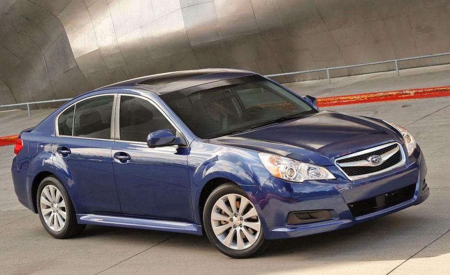 2010 Subaru Legacy 2.5GT - Slide 31