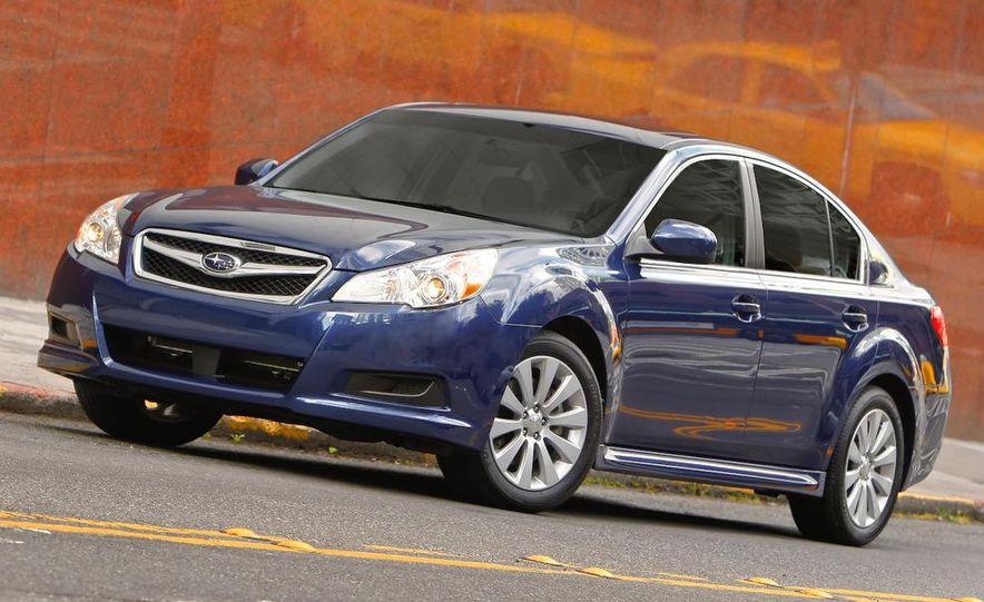 2010 Subaru Legacy 2.5GT - Slide 32