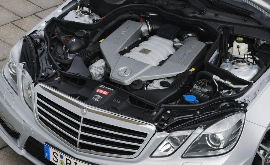 2010 Mercedes-Benz E63 AMG sedan - Slide 26