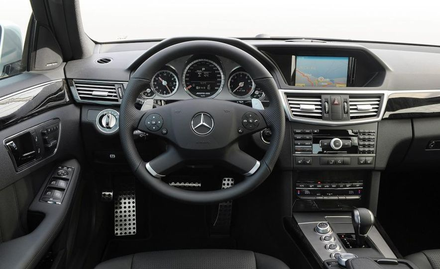 2010 Mercedes-Benz E63 AMG sedan - Slide 27