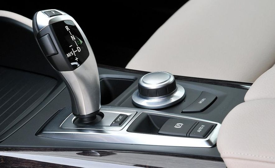 2009 BMW X6 xDrive50i - Slide 17