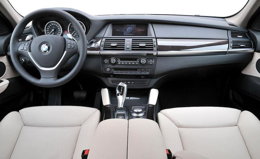 2009 BMW X6 xDrive50i - Slide 13