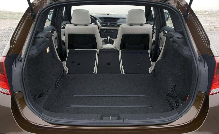 2011 BMW X1s - Slide 58