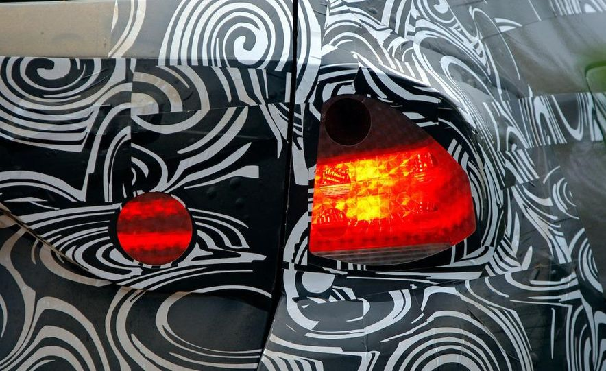 2011 BMW X1s - Slide 109