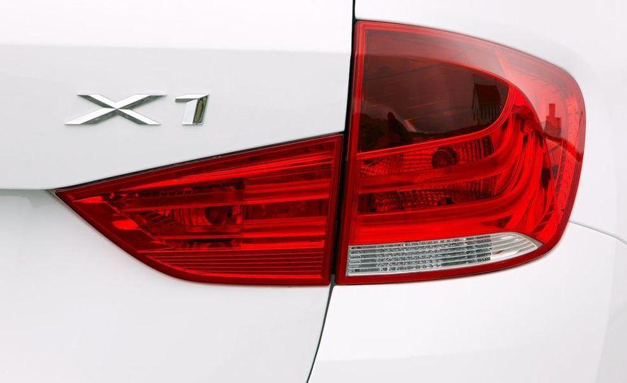 2011 BMW X1s - Slide 105