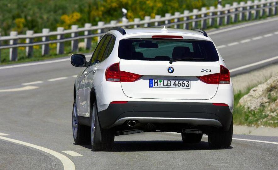 2011 BMW X1s - Slide 82