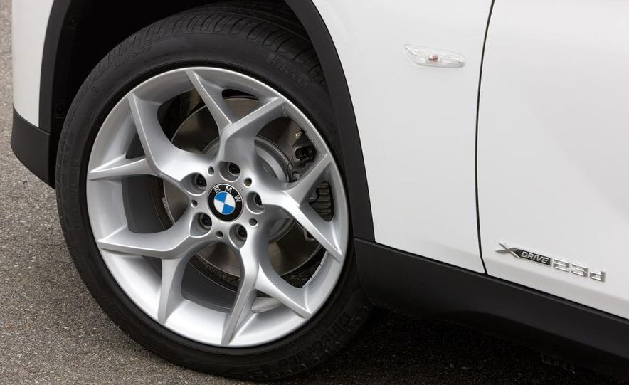 2011 BMW X1s - Slide 102