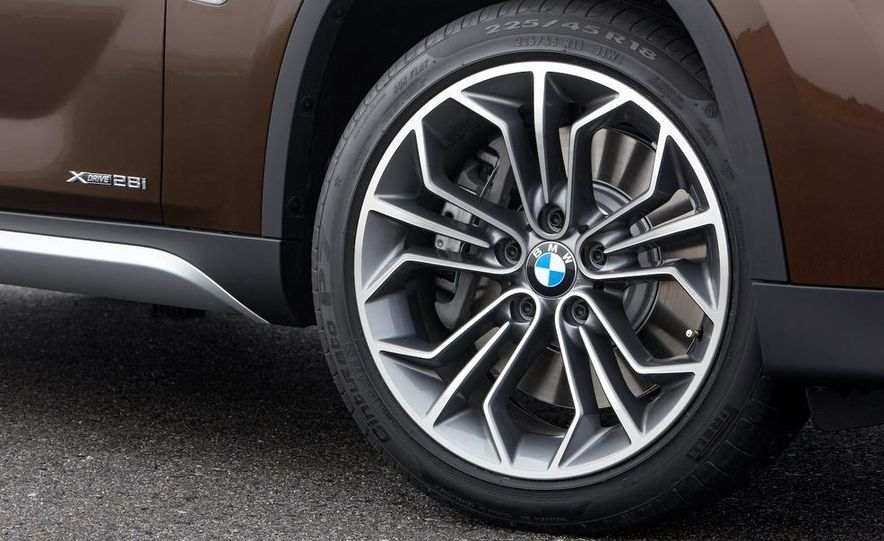 2011 BMW X1s - Slide 48