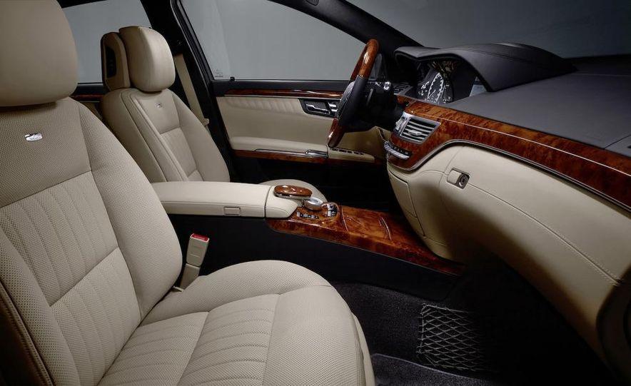 2010 Mercedes-Benz S500 interior - Slide 33