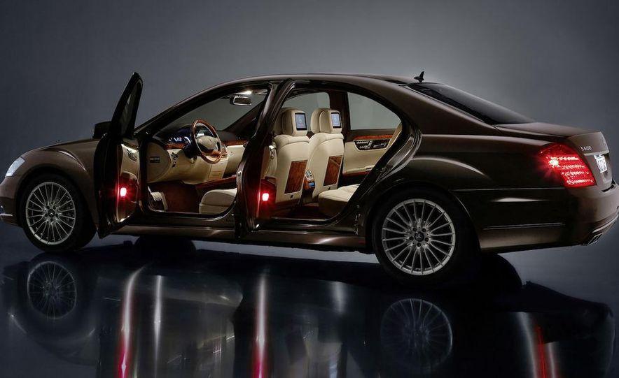 2010 Mercedes-Benz S500 interior - Slide 31