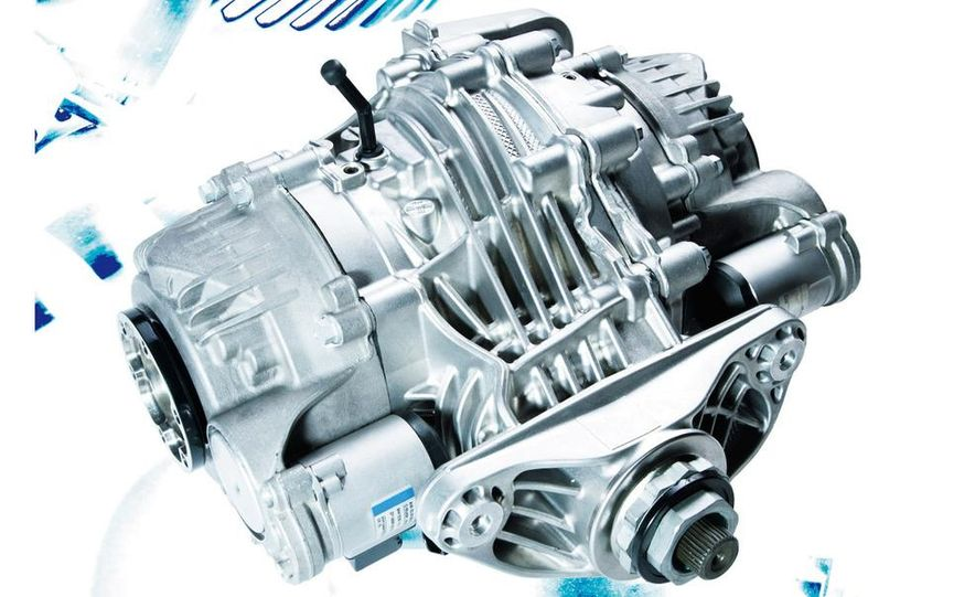 BMW Dynamic Performance Control torque-vectoring system and gearbox - Slide 4