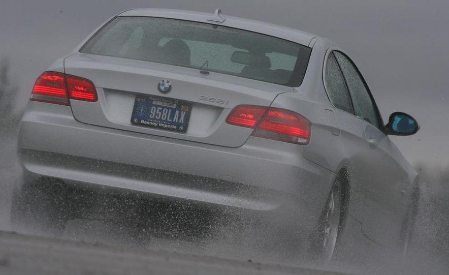 2009 BMW 328i coupe dry testing - Slide 22