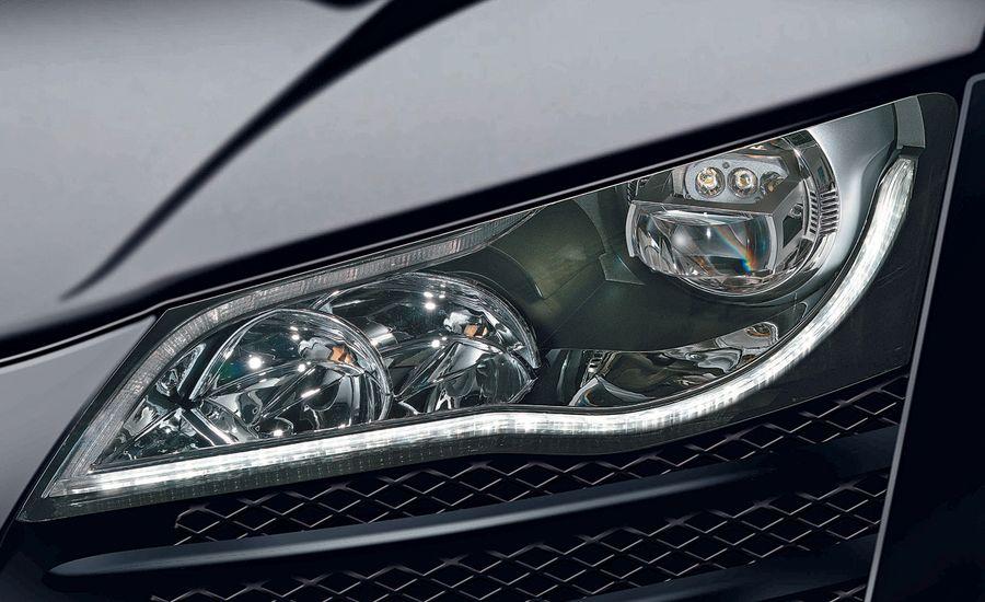 2010 Audi R8 LED Headlights