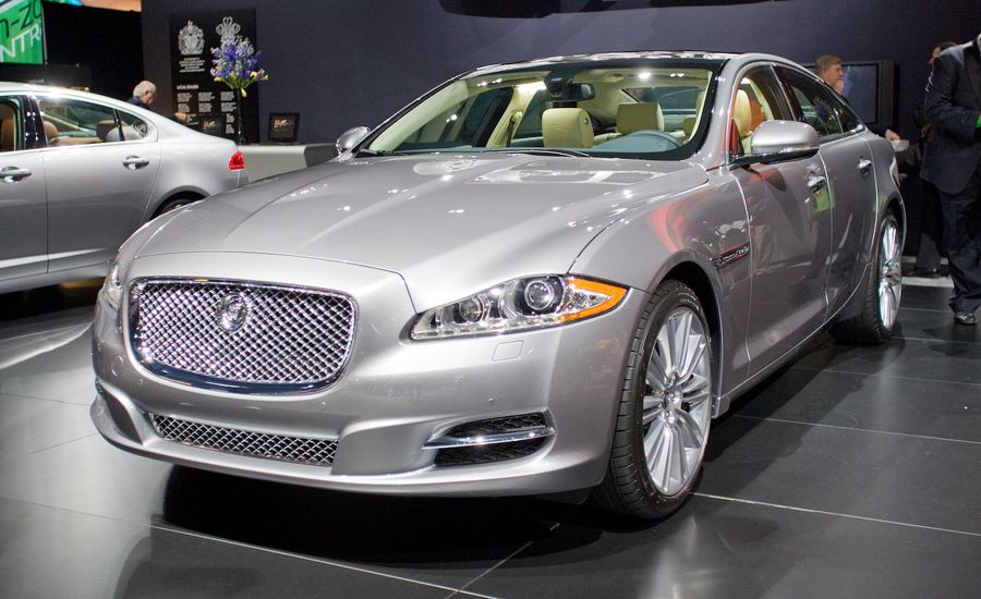 2010 jaguar xj official photos and info news car and driver. Black Bedroom Furniture Sets. Home Design Ideas