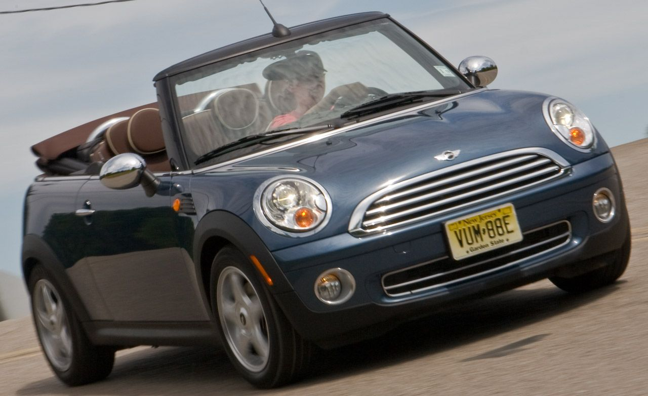 2009 mini cooper convertible road test review car and. Black Bedroom Furniture Sets. Home Design Ideas