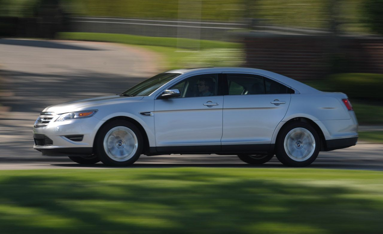 2019 ford taurus reviews ford taurus price photos and specs rh caranddriver com
