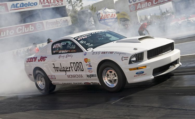 Ford Mustang Cobra Jet at Milan Dragway