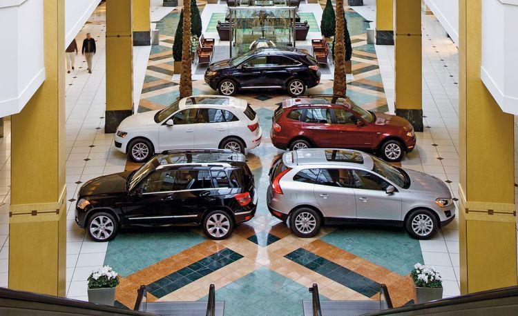 2009 Audi Q5 vs. 2009 BMW X3, 2010 M-B GLK350, 2010 Volvo XC60, 2010 Lexus RX350