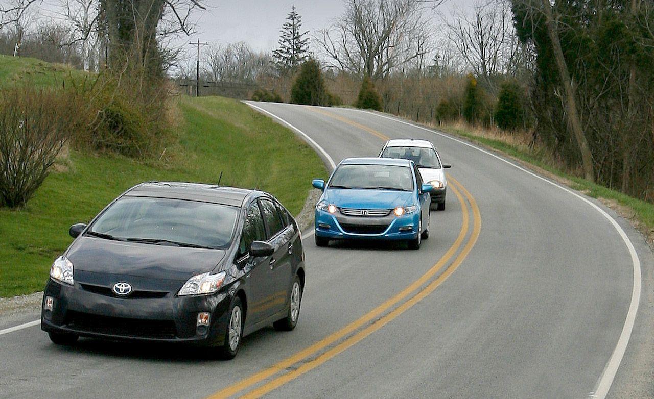 All Chevy 1998 chevy metro : 2010 Honda Insight vs. 2010 Toyota Prius, 1998 Chevy Metro ...