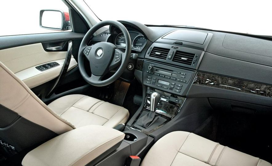 2009 BMW X3 xDrive30i - Slide 3