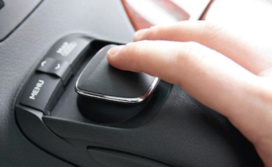 2009 BMW X3 xDrive30i - Slide 13