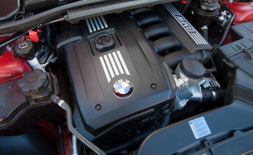 2009 BMW 328i sedan - Slide 5