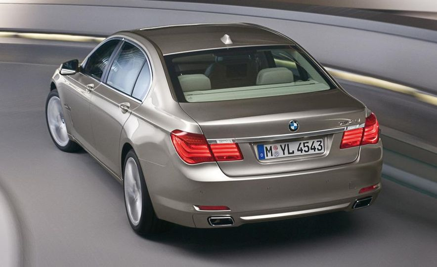 2009 BMW 328i sedan - Slide 27