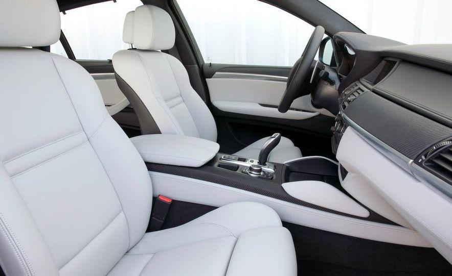 2010 BMW X6 M - Slide 41