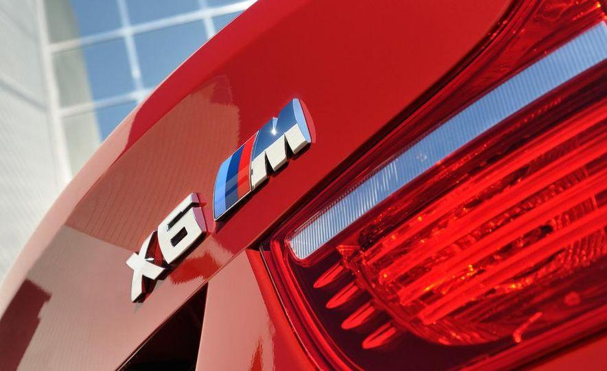 2010 BMW X6 M - Slide 36