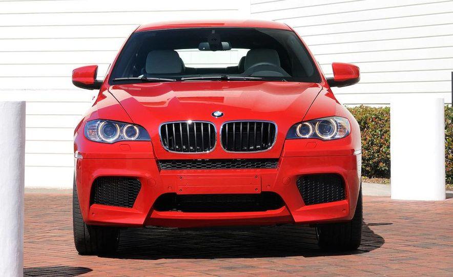 2010 BMW X6 M - Slide 21